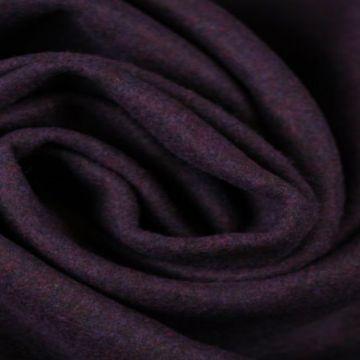 Donker paarse gemêleerde wol